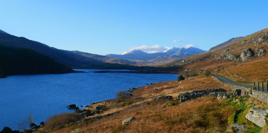 amazing view from snowdonia by monica of the travel hack