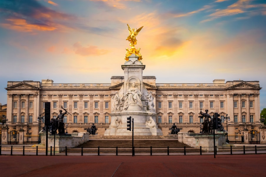 Buckingham Palace sunrise