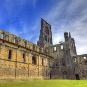 medieval kirkstall abbey