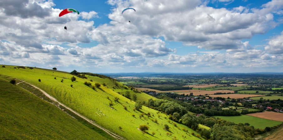paragliding at devils dyke sussex england